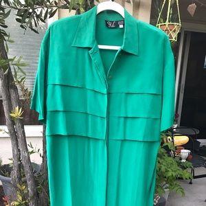 Vintage green 100% silk dress // Size 6